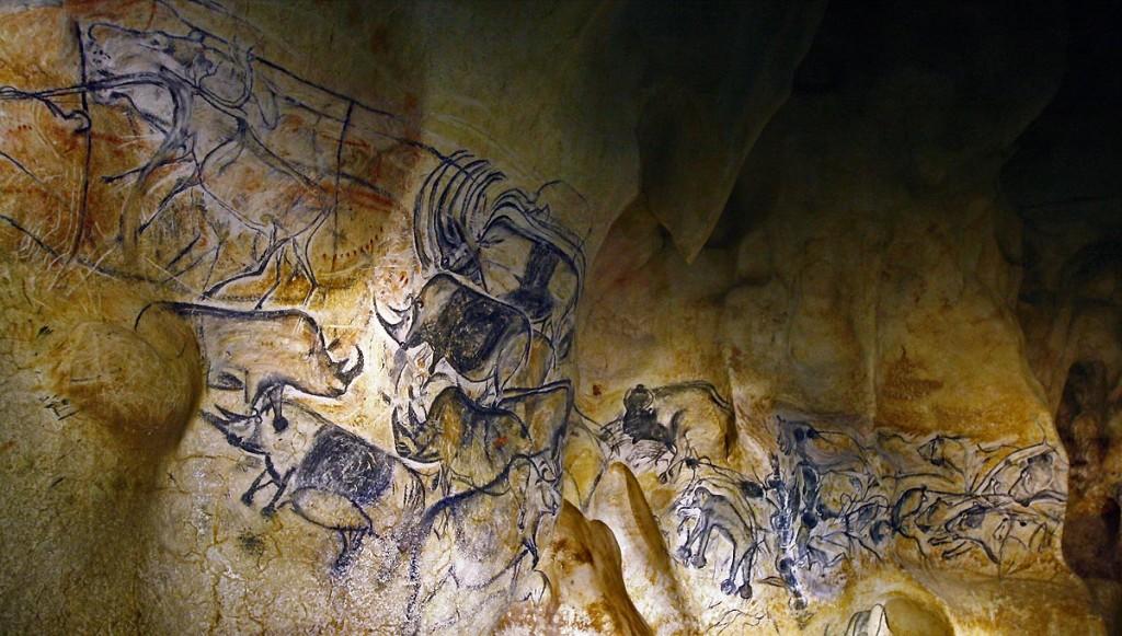La-fresque-des-lions-de-la-Caverne-du-Pont-dArc-@-SYCPA-Sébastien-Gayet-2.jpg